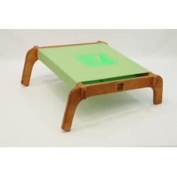 Pistazie/Neon-Grün Belichtet